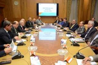 وزيرا الإنتاج الحربيوالصناعة ومحافظ جنوب سيناء يناقشون الخطوات التنفيذية لتنميةأبو زنيمة