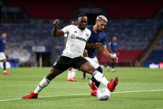 فولهام يعود إلى الدوري الإنجليزي بعد الفوز على برينتفورد