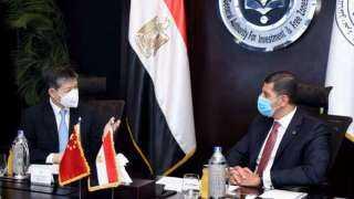 """""""عبد الوهاب""""يبحث مع السفير الصيني تيسير إجراءات جذب استثمارات جديدة"""